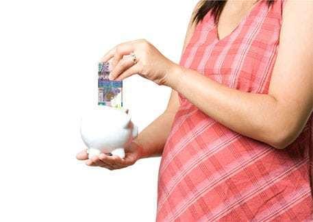 Какие выплаты положены беременным: работающим, неработающим, студентам.