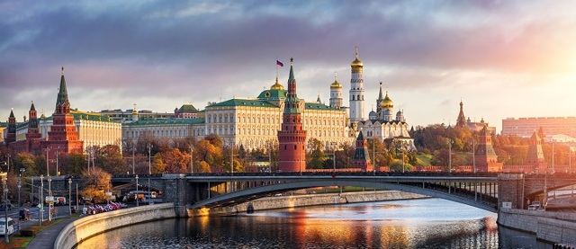 Программа молодая семья 2020-2021: условия в Москве и МО.