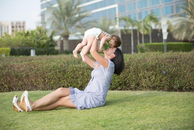 Пособия и выплаты на детей безработным мамам.