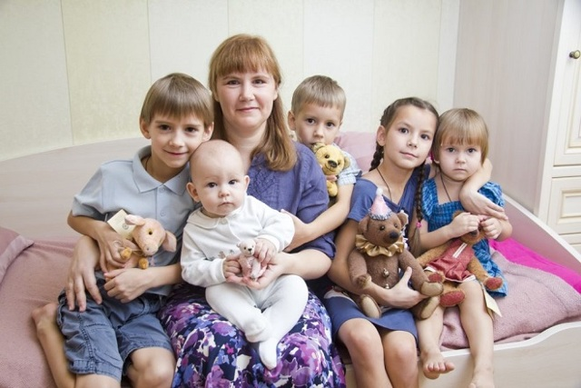 Какие льготы имеет мать-одиночка троих детей?